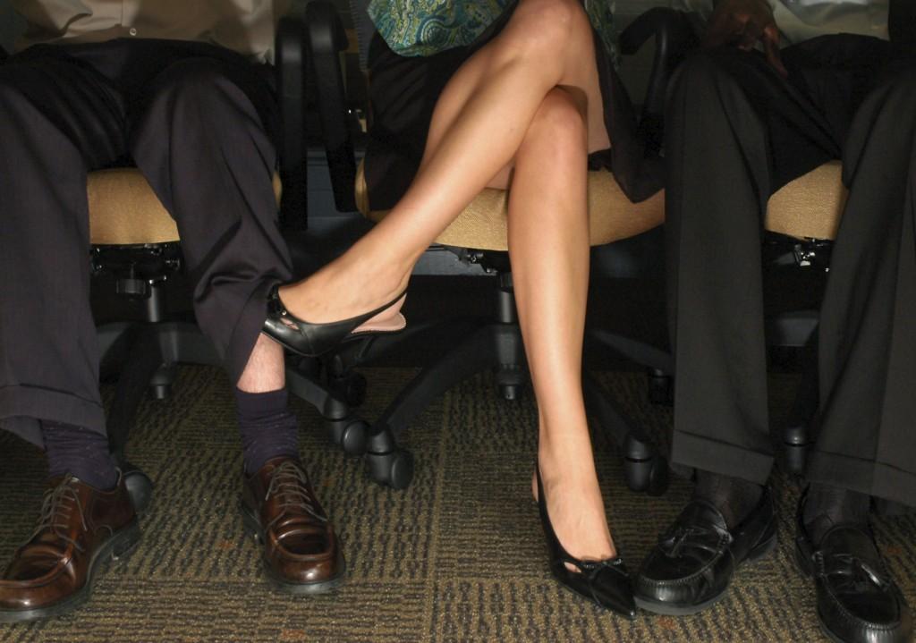What Do Girls Think Of Guys Shaving Their Legs?